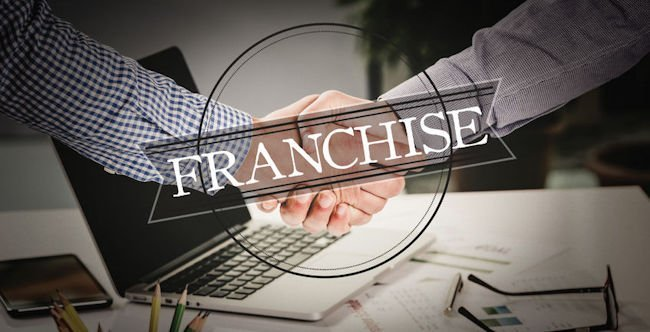 issues to consider before signing a franchise agreement